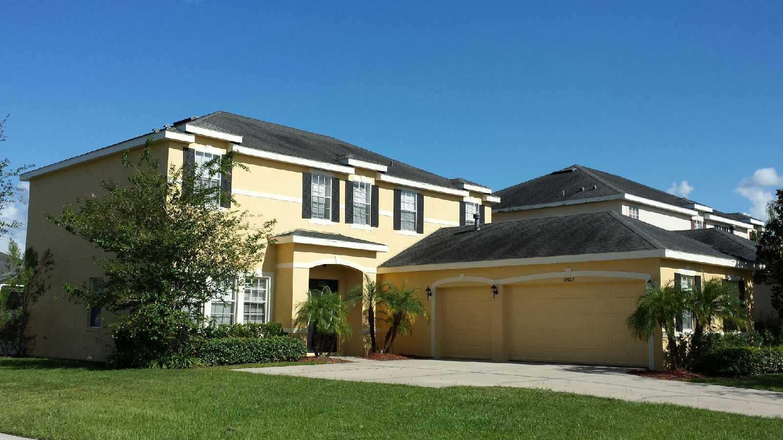 Beautiful exterior painting job in tampa florida tampa for Exterior house finishes